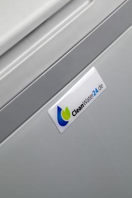 CleanWater_9926-mitt