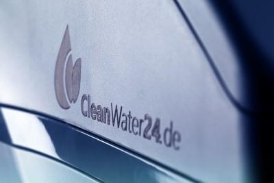Cleanwater_9841-mitt.blau